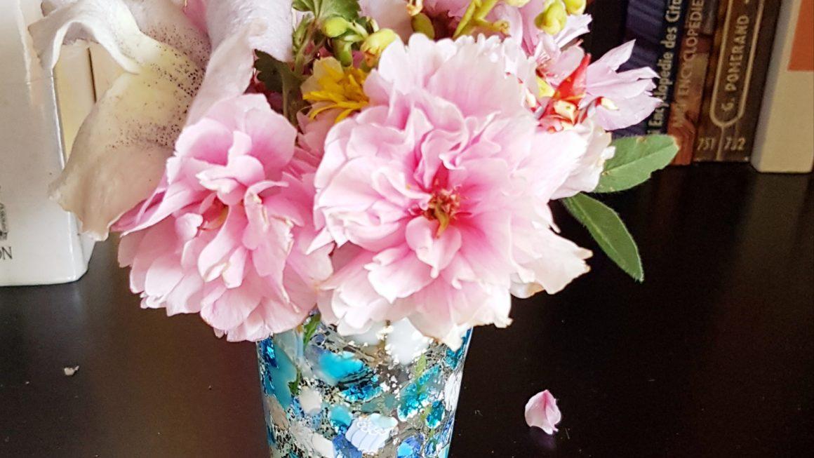 bouquet printanier et origami miniature
